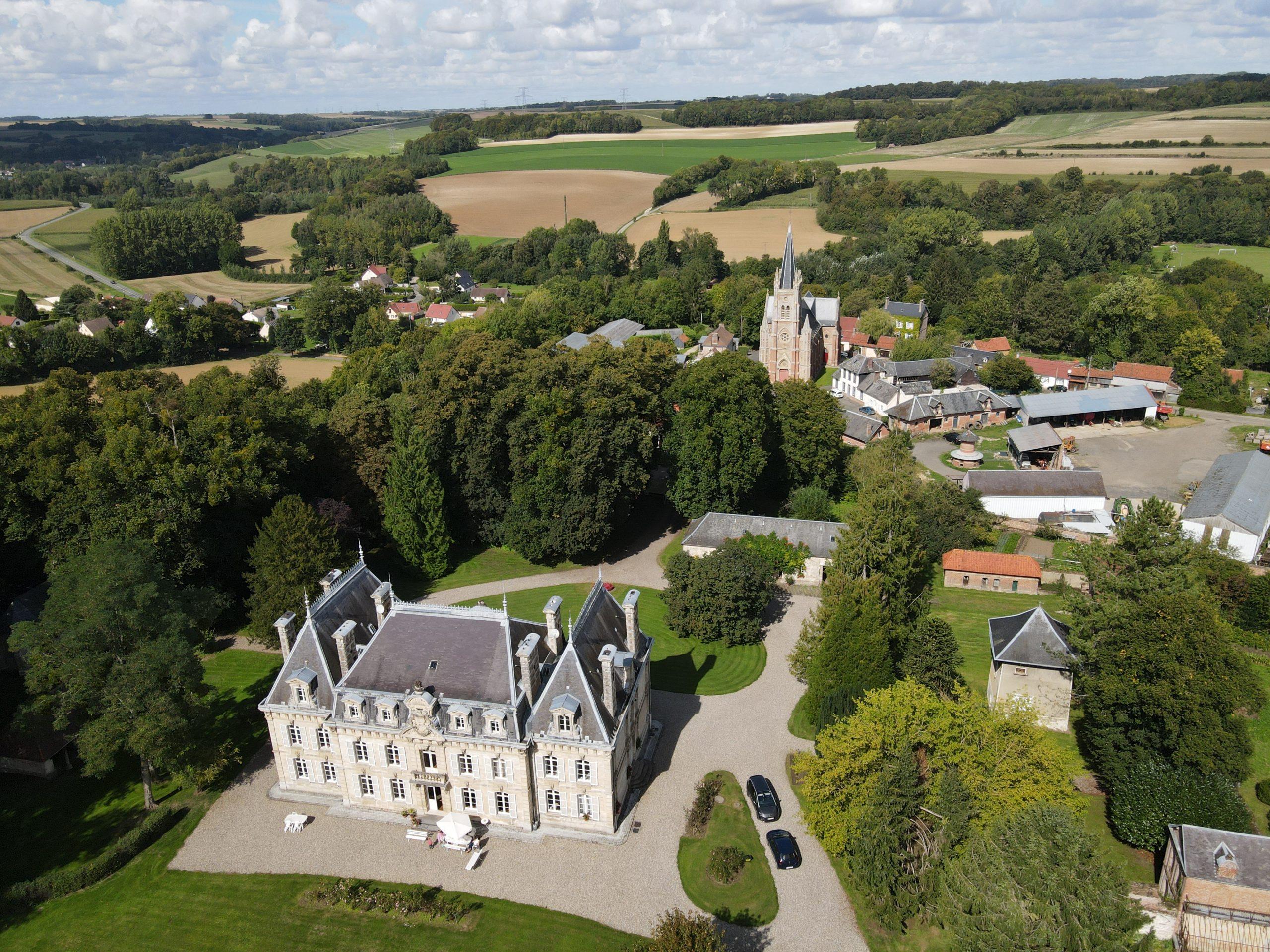vue aérienne chateau havernas